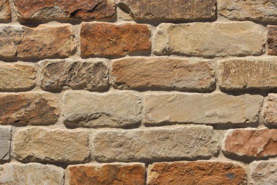 Creative Mines Natural Stone Veneer - Haystack Quarry Ranch Ledge (tumbled)