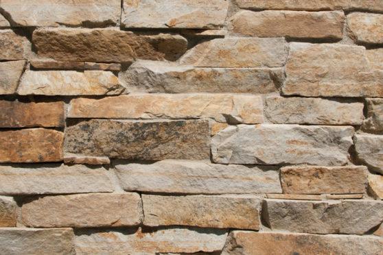 Creative Mines Natural Stone Veneer - Nutmeg Quarry Stack Ledge