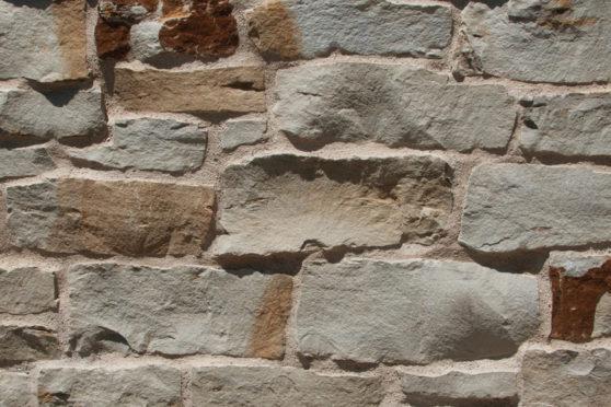 Creative Mines Natural Stone Veneer - Silverleaf Quarry Cottage Ledge